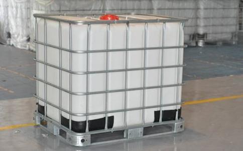 塑料桶是怎样被制作成型的
